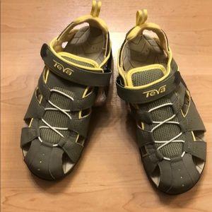 Teva Deacon Sandals